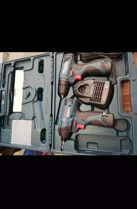 Atornillador y llave de impacto inhalambrico bosch