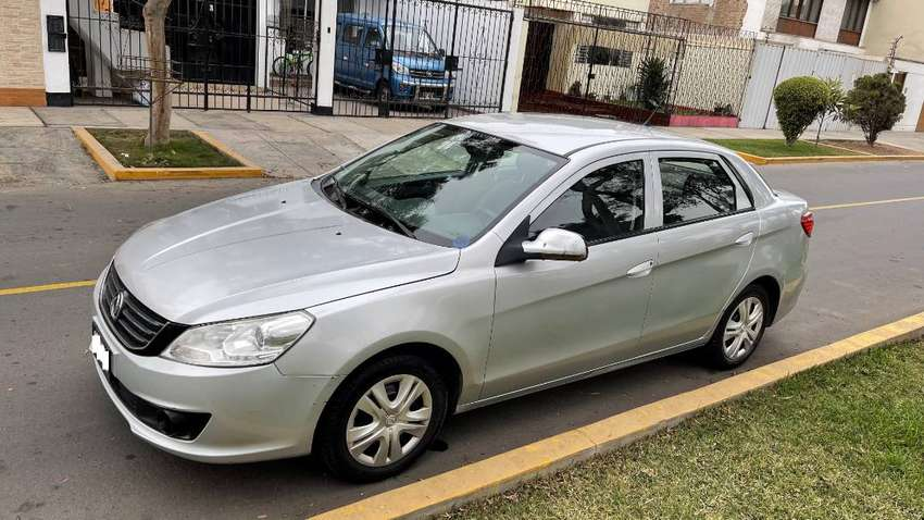 Dongfeng S30 Mecánico 2014 / 2015 Particular Dual GNV a 6900 Dólares  //  NO VOOLEX C30  //  NO BYD F3  //  NO YARIS