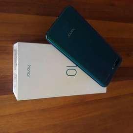 Huawei Honor 10 (128GB / 4GB RAM)
