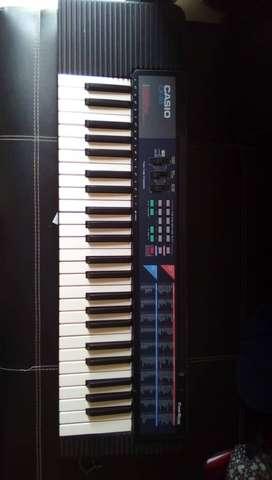 Piano Casio CA-110 4 octavas