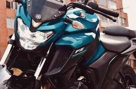Tres meses de uso de la moto, bien cuidada, mantenimiento al dia. Seguro hasta finales de julio 2020, tecnomecanica 2021