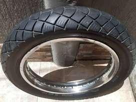 Se Vende Rin 18 con llanta y neumático