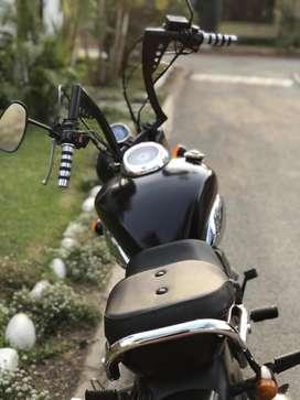 Moto Mavila modificada estilo Chopper