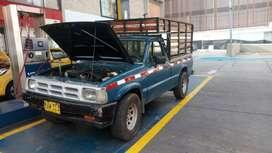 Camioneta Mazda b-2200