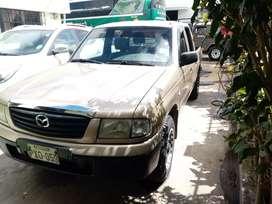 Vendo Mazda B 2200