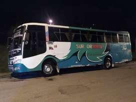 Se vende bus con puesto