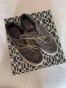 Zapatillas Nike. Talle 38