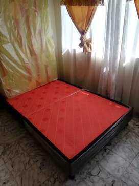 Base camas con sus respectivos colchones