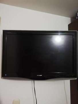 Televisor Sharp LCD 32 pulgadas + directv prepago.