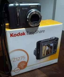 Vendo cámara Kodak Z1275