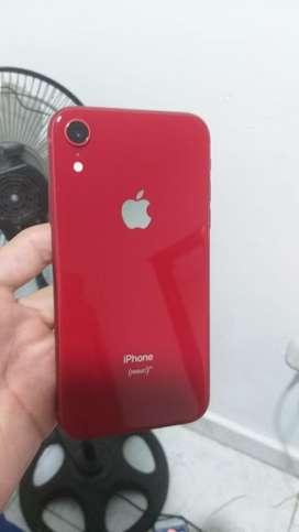 Iphone xr rojo de 64gb en excelente estado