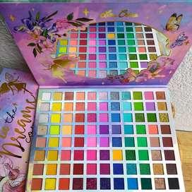 PALETA THE DEAMS COME TRUE Paleta de 88 tonos diferentes alta pigmentación, no transfiere