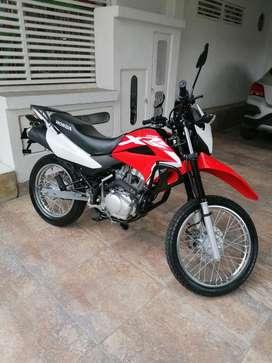 Vendo hermosa moto XR150