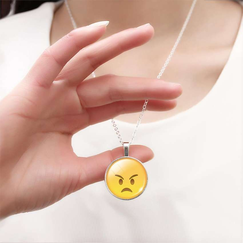 Collar Con Emoji Angry con envio gratuito