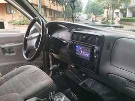 Vendo Camioneta Ford explorer 97 XLT