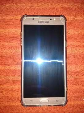 Vendo o permuto Samsung j7 2016 impecable