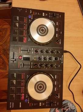 Se vende DJ Controller
