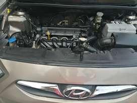 Se vende hyunday accent 2012 o también lo cambio con una camioneta doble cabina mas dinero a su favor