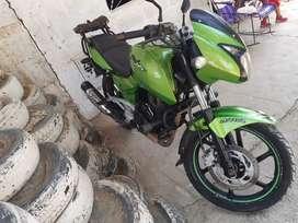 Vendo moto pulsar 180ug en buenas condeciones