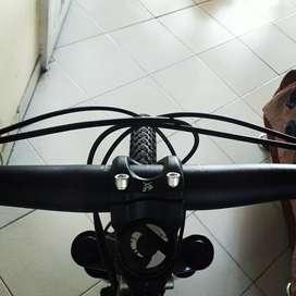 Bicicleta de aluminio marca TREK, en exelente estado