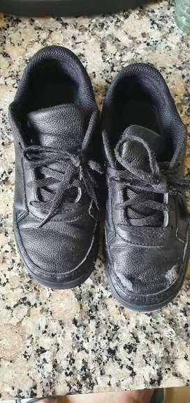 Zapatillas Adidas Niños usadas talle 31.5
