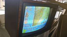 Televisor sharp años 80s mod C-2010C