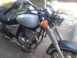 Vendo moto chopera