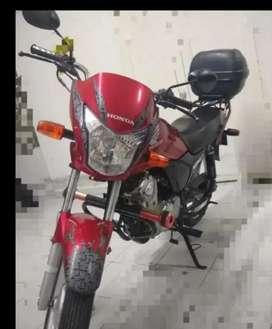 Se vendé Moto Honda CB 125 pro
