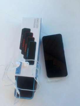 Vivo y50 sólo tiene 3 días de comprado incluye obsequio bafles Bluetooth y manos libres