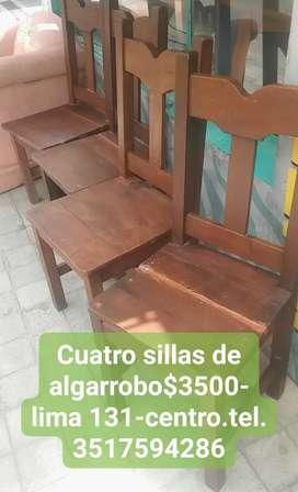 Cuatro sillas de algarrobo