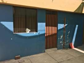 Vendo casa como terreno en Urb. Tahuaycani cerca a la Catolica.