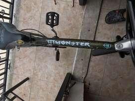 Se vende cicla estilo BMX en perfectas condiciones