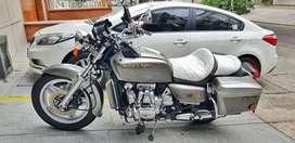 Honda GoldWing GL-1000