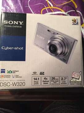 Camara Sony Cyber Shot, 14 Megapixel. FULL PAQUETE 2 TARJETAS MEMORIA