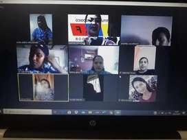 Facilitador con experiencia dictando clases online