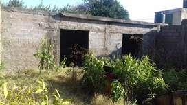 Vendo terreno camino a capilla con casa techada a terminar