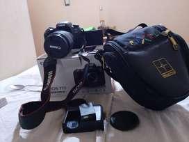 canon 77D eos - lente 18-135