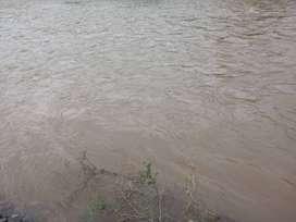Venta de terreno en las mesadas sobre el río loro