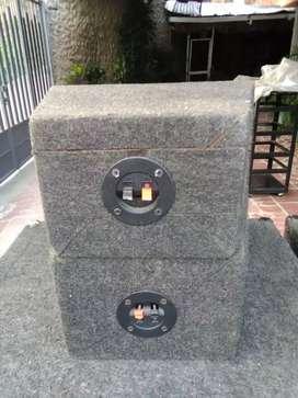 Bajos Cervin Vega cornetas sound Barrier de 1000 vatios dos cajas con sus drivers y 30 mtrs de cable encauchetado