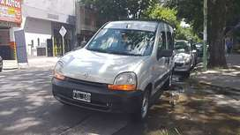 Vendo Renault Kangoo diesel año 2006 titular