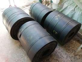 Faja transportadora de caucho negro x 3 lonas x 10mm de espesor