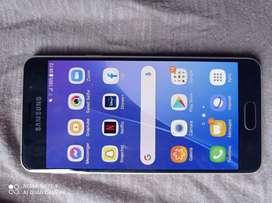 Se vende teléfono Samsung A 3
