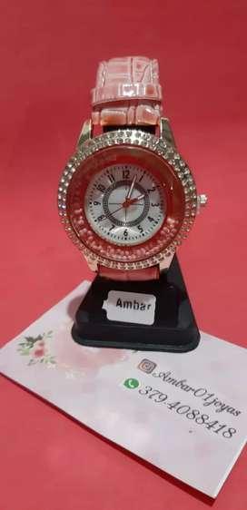 reloj de dama hermosos y hombre