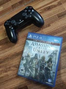 Combo PS4 control y assasin hermoso