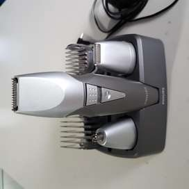 MAQUINA PARA RECORTAR BARBA PHILIPS