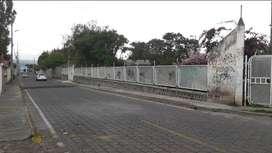 Venta de terreno 2.800 m2 en Tumbaco sector la Tola Chica.