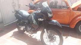 Moto Kawasaki KLR650 modelo 2009