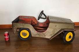 Carro Jeep Pedales antiguo metalico Colombiano marca Amo