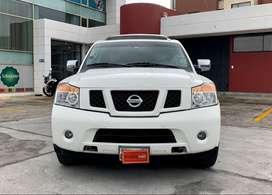 Flamante Nissan Armada 3 Filas de Asientos