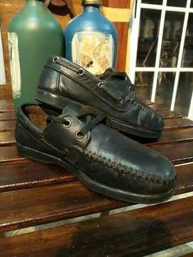 Zapatos de Cuero Colegial
